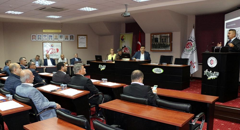 Nizip Ticaret Odası'nda Liderlik Eğitimi Düzenlend...